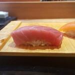 Sushitakase - こんなに厚い中トロ(^^)