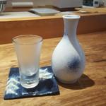 寿司 高瀬 - 日本酒1合864円税込み