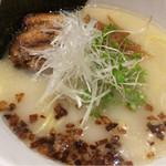らZOKU - 料理写真:塩ラーメン