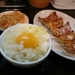 徳島ラーメン 麺王 - 餃子セット350円
