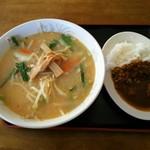 食事処 寿 - 料理写真:味噌らーめん&ミニカレーライス
