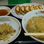 餃子の王将 - 日替りランチに餃子