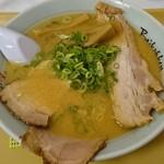 梅光軒 旭川本店 - 三種の豪華なチャーシューメン(味噌味)