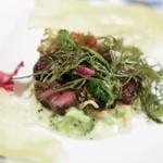 メイ - 山鳩モモ肉と内臓のサラダ仕立て