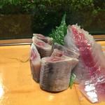 鮨芳 - サンマの刺身です。