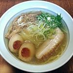 らーめん工房 RISE - 料理写真:【河内の塩 + 味玉】¥730 + ¥100