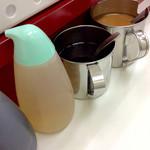 57874720 - 左から、醤油、酢、ラー油、味噌ダレ。
