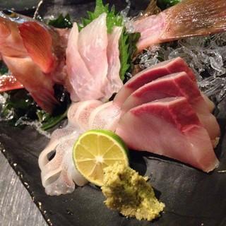 和テイストで海鮮中心の逸品をお楽しみください。