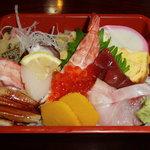 鯛八鮨 - 上ちらし(1,700円)