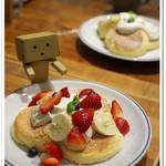 FLIPPER'S - 奇跡のパンケーキ フレッシュフルーツ