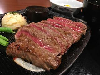 ハンバーグ&ステーキ 腰塚 自由が丘正面口店 - 腰塚ステーキ