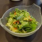 天鳳 - 老虎菜(青唐辛子入りパクチーサラダ)