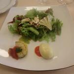 57889100 - 前菜:カリフラワーのムース、帆立のポワレ