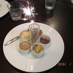 カジュアルフレンチレストラン アルブル - 花火付き、デザート盛り合わせ
