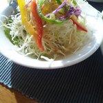 洋食屋ゼペット - ランチのサラダ