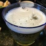 めん割烹なか川 - ビール(。・ω・)ノ♪︎