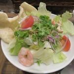 カフェ クロスロード - ベトナム風チキンサラダ(ハーフ)