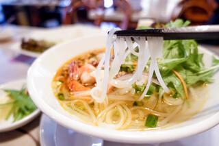 サイゴン・レストラン - 麺