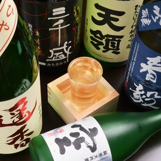 全国より厳選の地酒。日本人の「心」をお楽しみください。