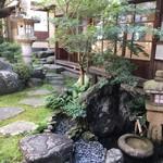 57901874 - お抹茶体験の中庭