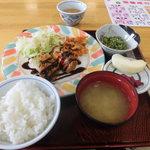 日野病院食堂 - 料理写真:日替わり定食620円