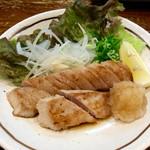 活菜 - 料理写真:「まぐろ腹身ステーキ」(580円)。