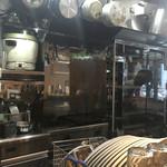 ファーマーズチキン - オープンキッチン