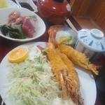 和食処 山女魚 - 海老フライ定食