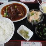 中国料理青龍 - やわらか角煮定食