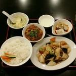 リトル成都 - 【日替わりランチ】八宝菜:800円+ミニ麻婆豆腐:100円