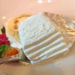 バンセンヌ - いちごのロールケーキ