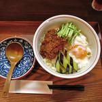 麺 銀三 - 温玉肉味噌うどん