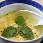 57929963 - 鶏スープ
