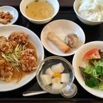 アオヤマ - 鶏唐揚げユーゲンソースランチ、980円です。