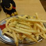 串だおれ - ガーリックフライドポテト