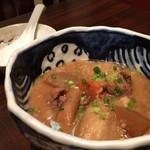 旬魚と個室 和食りん  - 牛すじ味噌煮込み