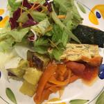 トラットリア ペペ - 前菜☆さつまいも ナンキン イイ 大根人参は漬物な感じで…