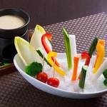 立ち飲みと個室 だん12ban-cho - 季節野菜のバーニャカウダ