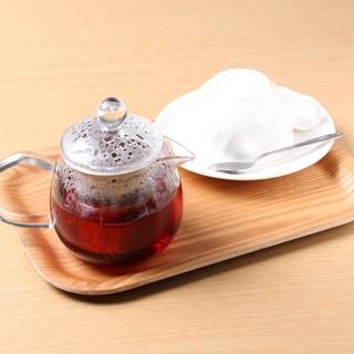 KUSUMI・TEA、NINA's・PARISの紅茶