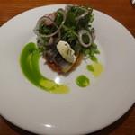 アバロッツ - 秋刀魚の炙りコンフィと芋のガレット(生駒/奈良/天理) ピーマンのクーリとリコッタ 無農薬サラダ