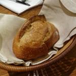 アバロッツ - パン・ド・キュイソンさんのパン ロデブ