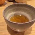 萬御菓子誂處 樫舎 - ほうじ茶
