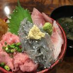57961180 - 生しらす+地魚+ネギトロ丼 1580円(税抜き)