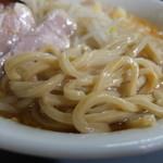 へーちゃんラーメン - 麺
