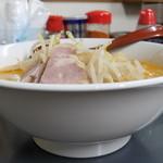 へーちゃんラーメン - 料理写真:とんこつ味噌ラーメン+ニンニク