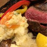 肉とチーズのお店 タペオ -