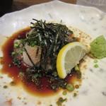 たべたか屋 - お魚料理はごまカンパチ、ゴマ醤油が新鮮な魚の旨さを引き出してます。
