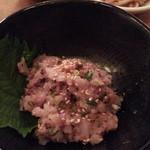 ウラニワ - なめろう590円は珍しい味噌梅で