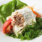 しらすとツナの豆腐サラダ
