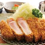 かつ丸 - 料理写真:極上とろロースかつ定食 2080円+税